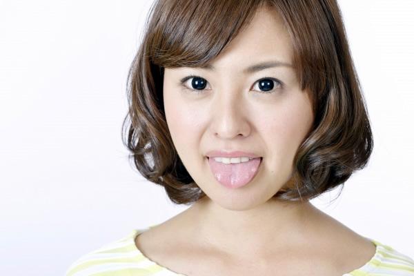 舌苔は口臭の原因の1つ